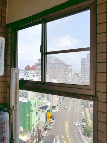 【陽台窗戶】台南市東區崇明路 #201807101409