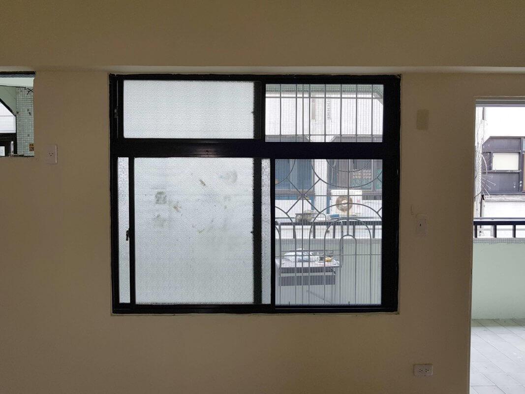 【摺疊紗窗】台南市中西區健康路一段 #201808071224