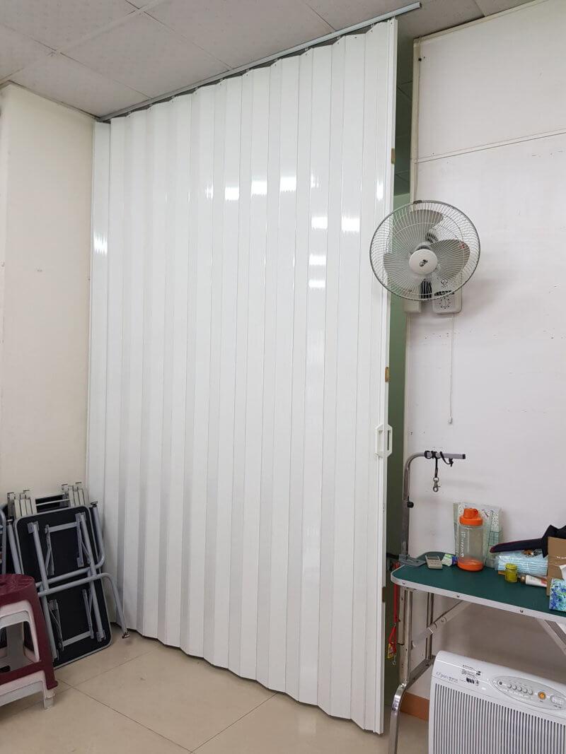 【塑膠拉門】台南市東區自由路 #201907191536